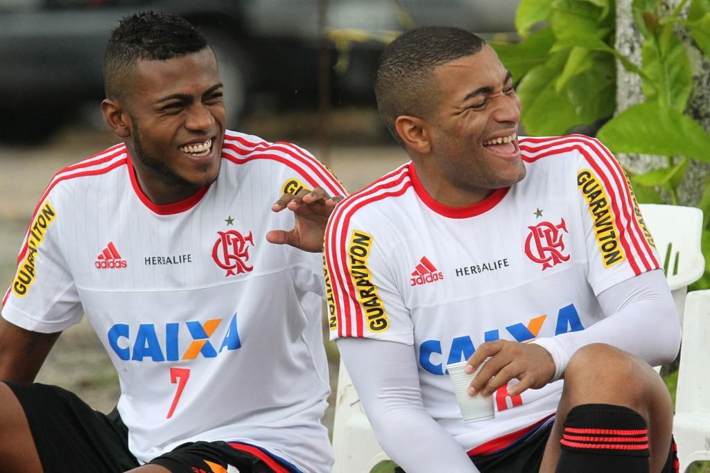 Clima descontraído no treino depois de muito trabalho. (Foto: Gilvan de Souza-Flamengo Oficial)