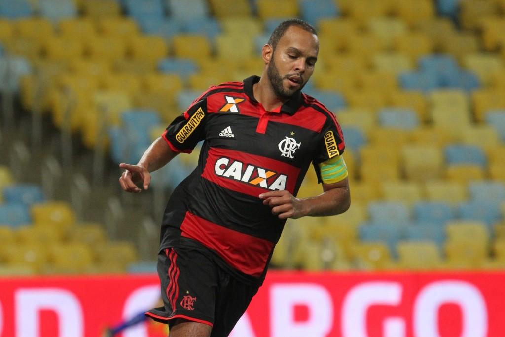 Em mais um bom jogo, Alecsandro abriu a vitória do Flamengo hoje. (Foto: Gilvan de Souza - Flamengo Oficial)