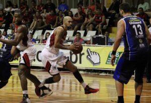 Fla no ataque com Marquinhos (Foto Gilvan de Souza/Flamengo)