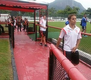 Sub20 goleia e é líder da Taça Guanabara