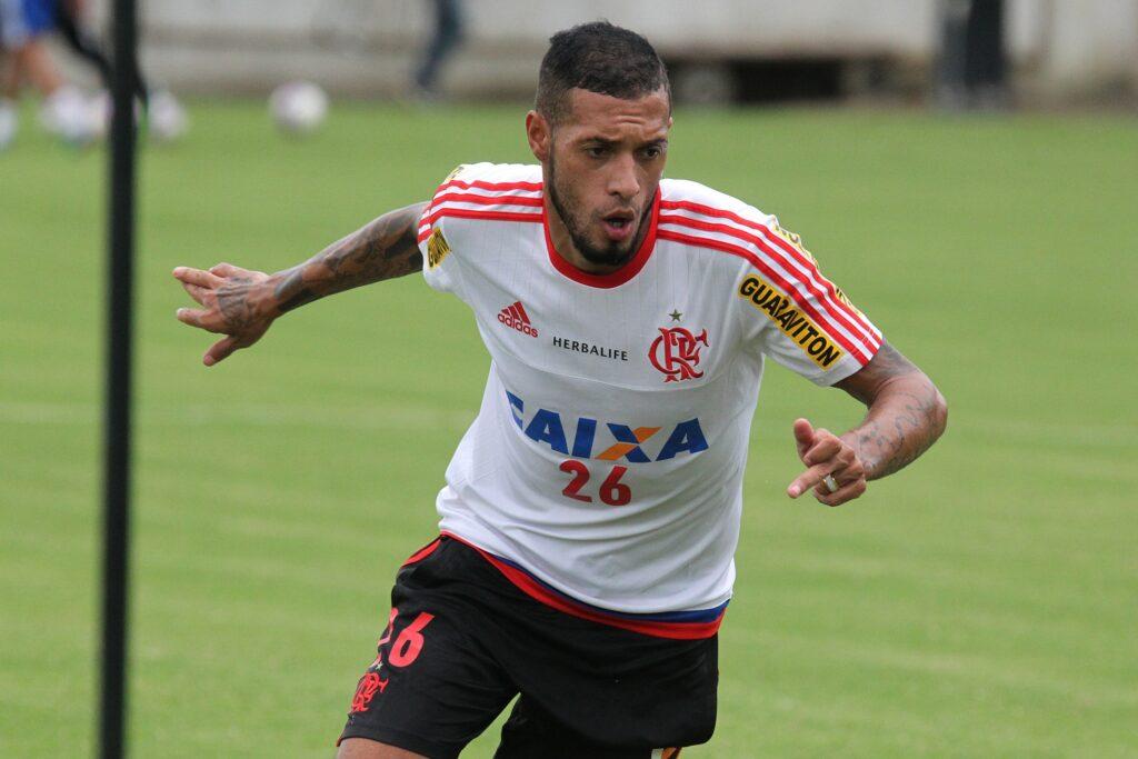 Depois de muito tempo, Paulinho iniciará uma partida. (Foto: Gilvan de Souza - Flamengo)