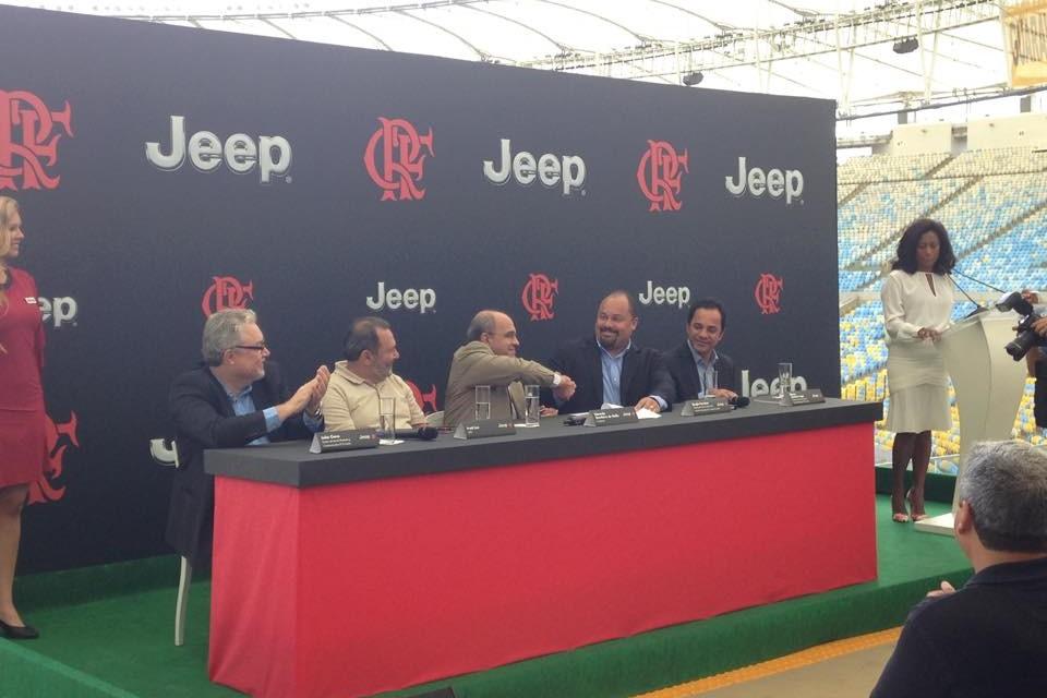 Jeep no Manto