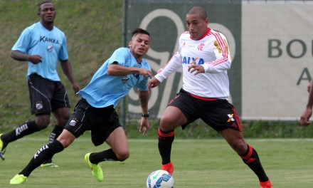 Flamengo empata em jogo treino