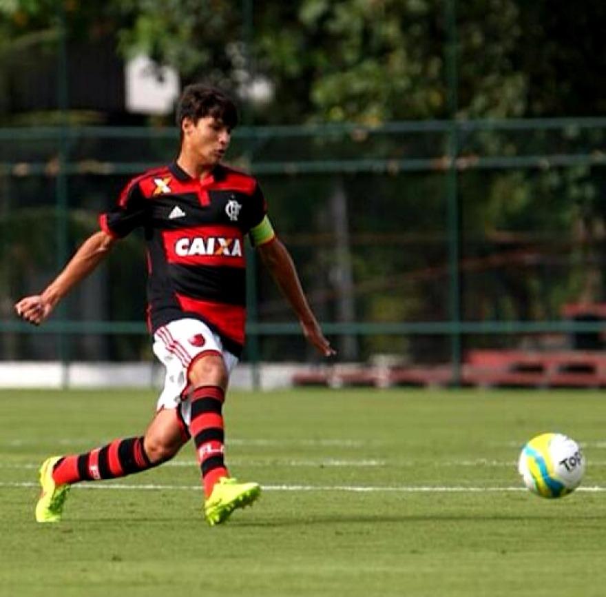 Zagueiro Thuler, capitão e figura carimbada nas convocações pra seleção brasileira. (Foto: Flamengo Oficial)