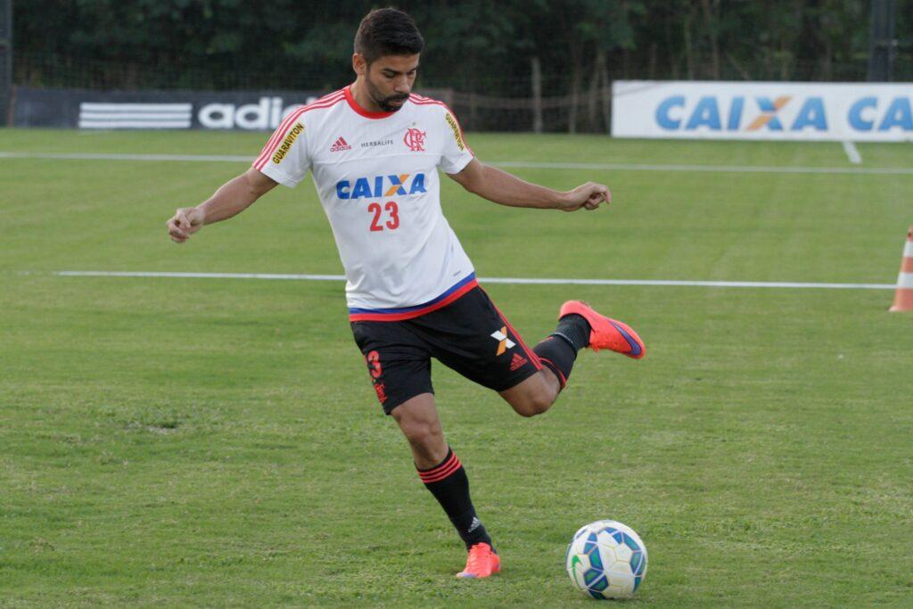 Eduardo retornou ao time titular e teve boa participação no jogo de sábado. (Foto: Flamengo Oficial - Gilvan de Souza)