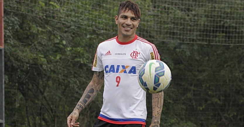 Acabou o caô! Guerrero estreia no Maraca vestindo o Manto Sagrado