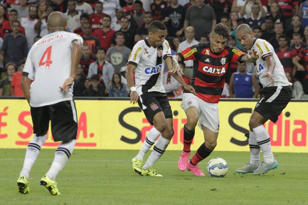 Guerrero Flamengo x Vasco primeiro jogo CdoB 15