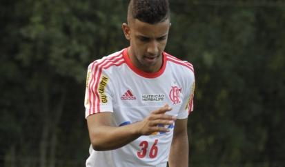 Oswaldo confirmou o importante retorno de Jorge para o jogo de quinta. (Foto: Flamengo Oficial/Gilvan de Souza)