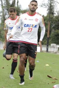 Após desconfiança, Kayke vive boa fase e supre ausência de Paolo Guerrero. (Foto: Flamengo Oficial/Gilvan de Souza)