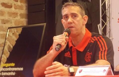 José Neto fala na coletiva que apresentou seus novos comandados   Foto Luiza Sá/MRN