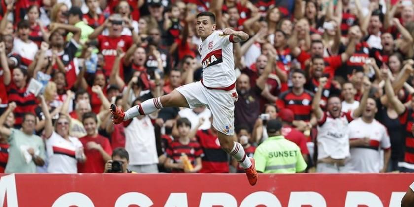 Ayrton comemora gol importantíssimo. | Foto: Gilvan de Souza/Flamengo