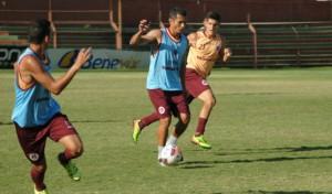 Léo Oliveira faz sua despedida oficial dos gramados. Foto: Site Oficial Desportiva Ferroviária