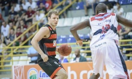 Com ótima atuação coletiva, Flamengo vence a primeira no NBB