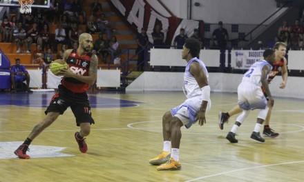 No Nordeste, Flamengo enfrenta Vitória pelo NBB 8