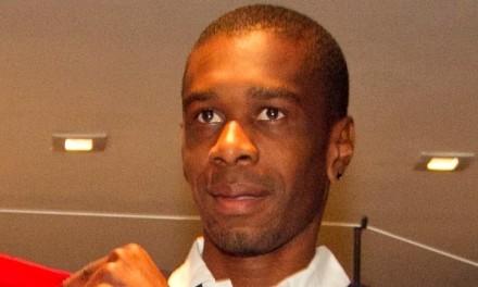 Flamengo acerta com Chiquinho, Juan e Rodinei; busca por contratações incontestáveis continua.