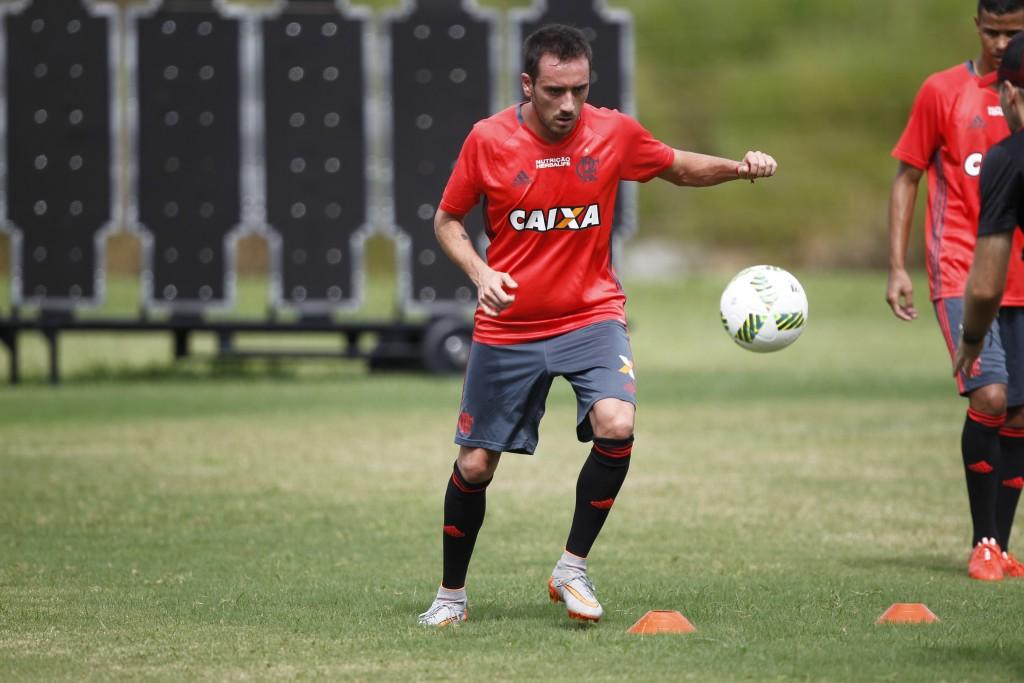 Reforço Rubro-Negro, Federico Mancuello treina forte em Mangaratiba