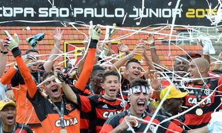 Flamengo define os 25 jogadores  que disputarão a Copa São Paulo