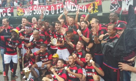 Após empate heroico no tempo normal, Flamengo leva o título nos pênaltis