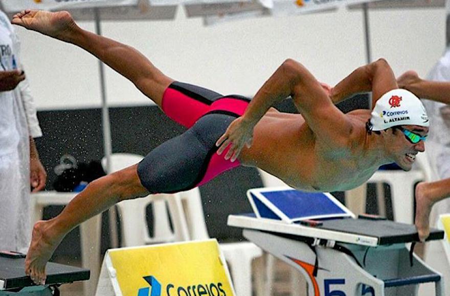 Altamir ganhou o Individual de melhor atleta do Troféu Julio de Lamare Junior, o seu último. Foto: Flamengo/Eduardo Fonseca
