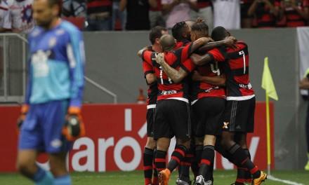 Com domínio em quase toda a partida, Flamengo vence por 2×1 em Brasília