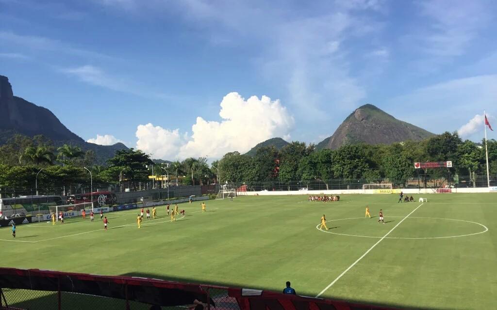 Flamengo  goleia o Madureira e se recupera no Carioca Sub-20