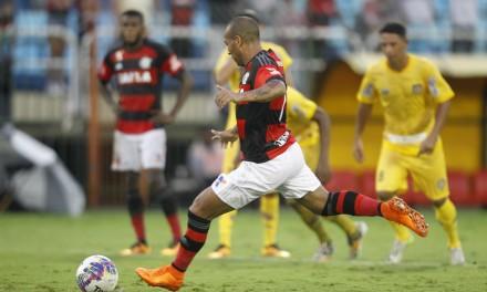 Com gol de pênalti, Sheik garante vitória para o Flamengo