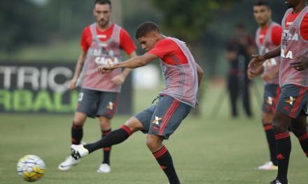 Flamengo enfrenta Confiança e precisa vencer para se classificar