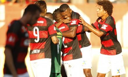 Jejum de Guerrero acaba e Flamengo vence Boavista