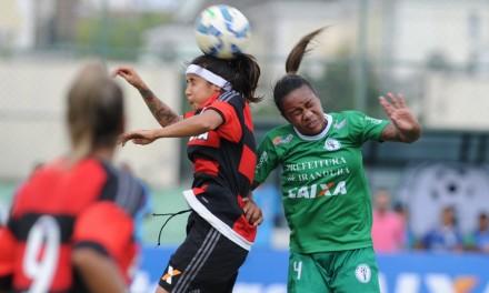 Para seguir na luta pela liderança, Fla/Marinha enfrenta Corinthians