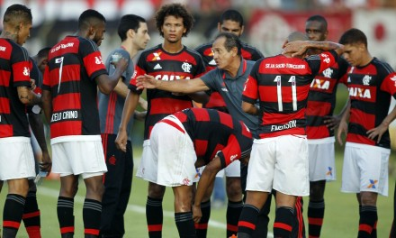 Muricy briga com a sorte e o Flamengo empata