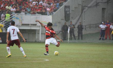 """Rafael Vaz lamenta erro e pensa no próximo jogo: """"hora da volta por cima"""""""