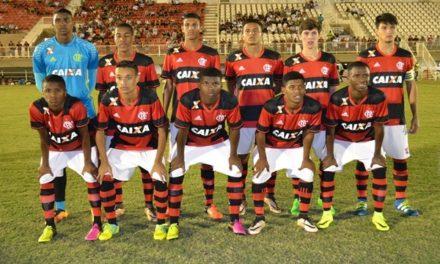 Flamengo passa fácil pelo Corinthians e se classifica para as quartas da Taça BH