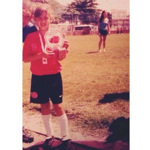 Gaby, ainda pequena, na escolinha do Flamengo.