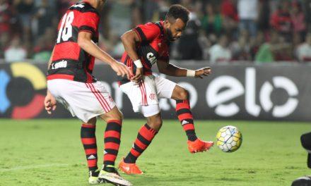Fernandinho marca no fim e Flamengo vence Ponte em Cariacica