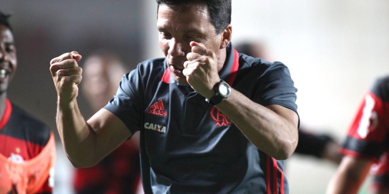 """Zé Ricardo vibra com a virada e ressalta: """"Uma equipe que quer chegar longe precisa ter sorte também"""""""
