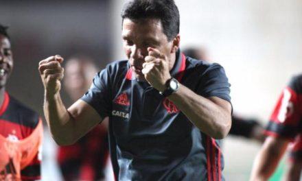 Zé Ricardo iguala sua melhor sequência de vitórias no Brasileirão