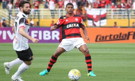 Atuações: Paulo Victor entra bem, Arão, Vizeu e Cirino marcam e Mengão segue sequência invicta
