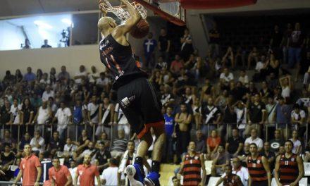 Flamengo vence o Vasco no Tijuca e termina líder da fase classificatória