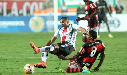 Desempenho em 2017 vai decidir se Márcio Araújo continua no time, diz Zé Ricardo