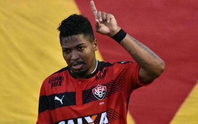 Marinho desconversa sobre chance de jogar no Flamengo