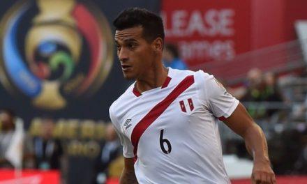Godinho confirma interesse em lateral peruano