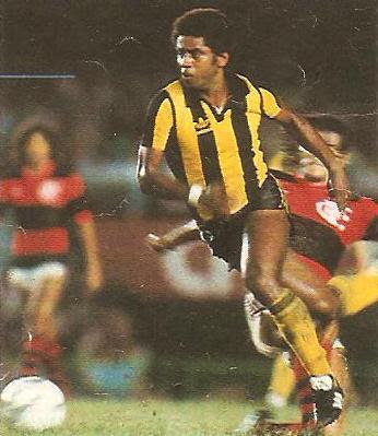 1982: Flamengo x Peñarol (Uruguai)