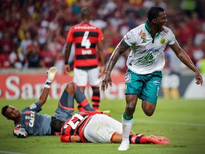 2014: Flamengo x Leon (México)