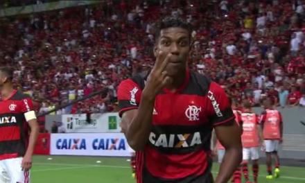 Berrío mostra estrela na estreia e Fla derrota o Grêmio