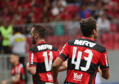 Leo Duarte terá chance como titular contra o Volta Redonda