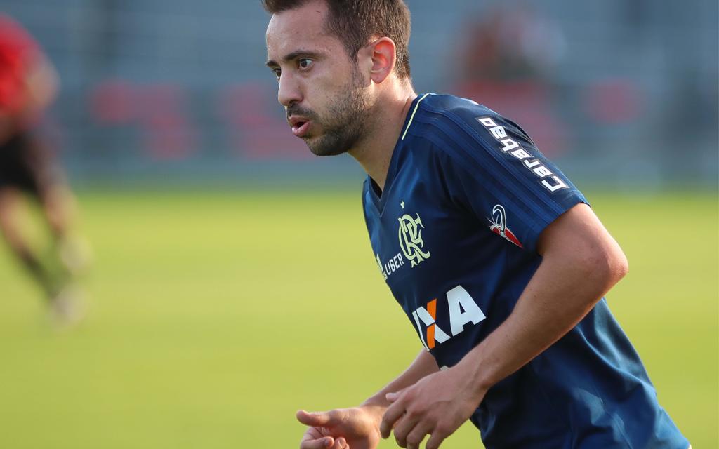 Diretor jurídico do Flamengo fala sobre atraso no envio do ITC de Éverton Ribeiro