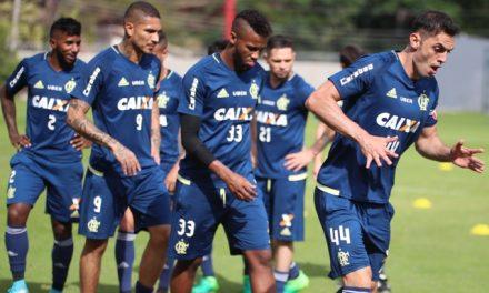Em busca da terceira vitória consecutiva, Fla recebe um São Paulo em perigo