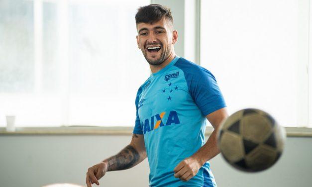 Vice de futebol do Cruzeiro estipula preço para contratar Arrascaeta