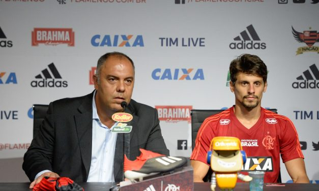 Marcos Braz afirma que Flamengo está fora da negociação com Dedé e Bruno Henrique