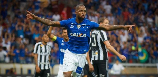 Investidores confirmam interesse na venda de Dedé, mas negam pressão por liberação ao Flamengo